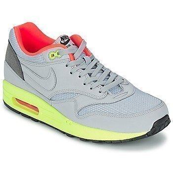 Nike AIR MAX 1 FB matalavartiset tennarit