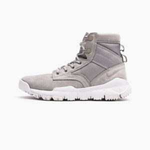 Nike Wmns SFB 6 NSW Leather Boot