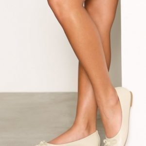 Nly Shoes Ballerina Ballerinat Light Beige