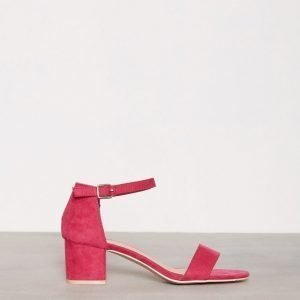 Nly Shoes Low Block Heel Sandal Mokkanahkasandaalit Magenta