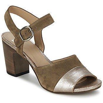Now BRONIA sandaalit