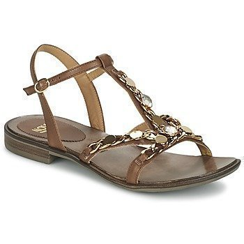 Now LEVIN sandaalit