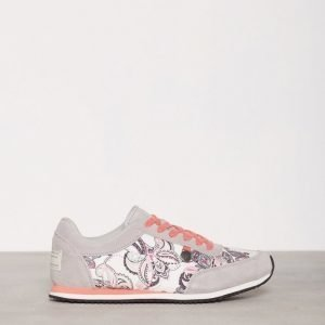 Odd Molly Running Free City Trainer Tennarit Light