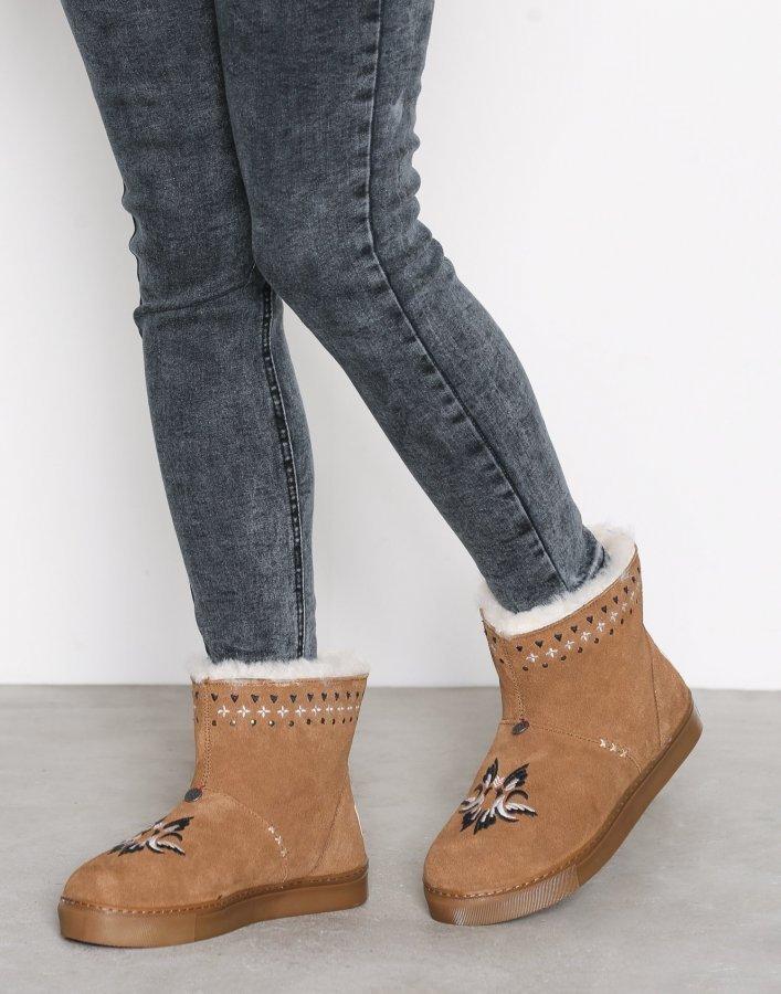 Odd Molly Suedey Low Boot Bootsit Desert