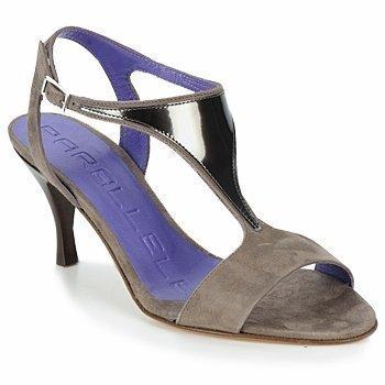 Parallèle MALT sandaalit