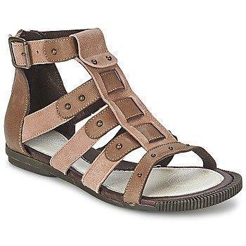 Pataugas COROL sandaalit