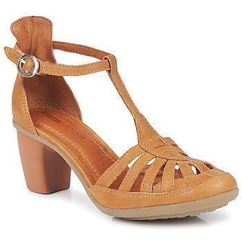 Pataugas FARREL sandaalit