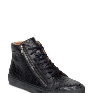 Playboy Footwear Baker