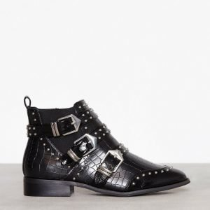 River Island Flat Buckle Boot Bootsit Black