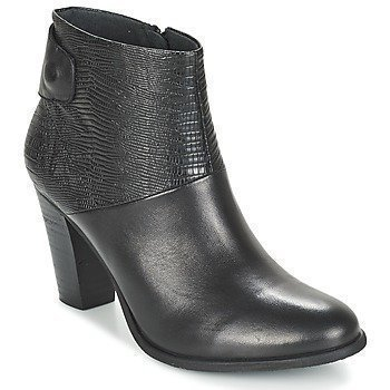 SPM Calvin Ankle Boot-Pig Skin Collar and Insock nilkkurit