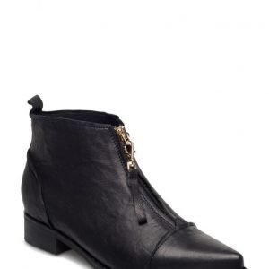 Shoe The Bear Anna L B