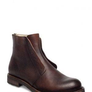 Shoe The Bear Graham B
