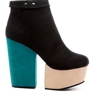 Shoes By Teddy Fiona Musta/Plus
