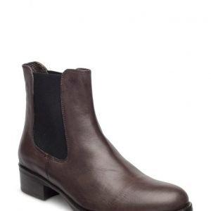 Stylesnob Calva Boot