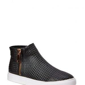 Stylesnob Rena Boot 12