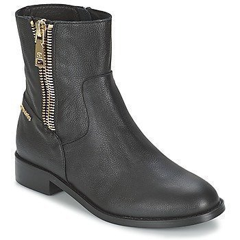 SuperTrash CARMEN bootsit