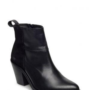 Twist & Tango Nevada Boots