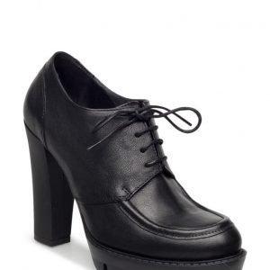 UNMADE Copenhagen Classic Shoe W Heel
