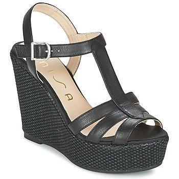Unisa MACA sandaalit