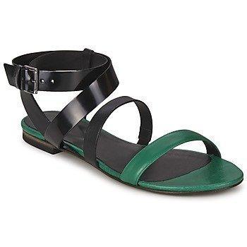 Vic CLOONEY 600 sandaalit