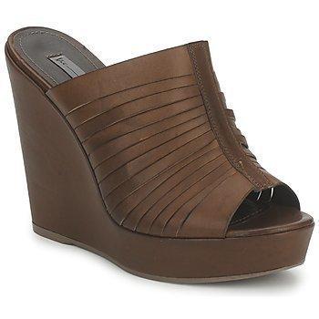 Vic CUBA LIVOU sandaalit