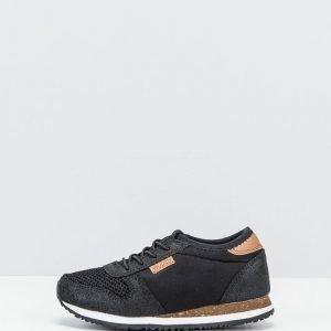 Woden sneakerit