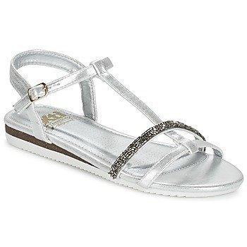 Xti IZOU sandaalit