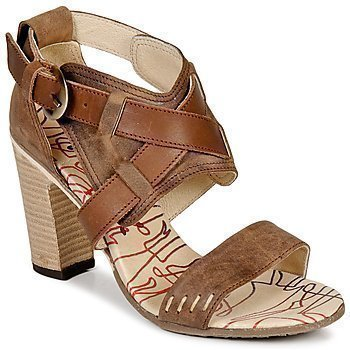 Y.E.S. CHLOE sandaalit