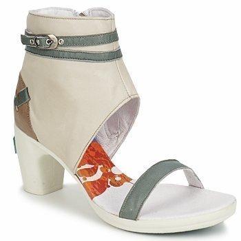 Y.E.S. SALLY sandaalit