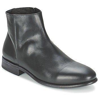 n.d.c. CASPER bootsit
